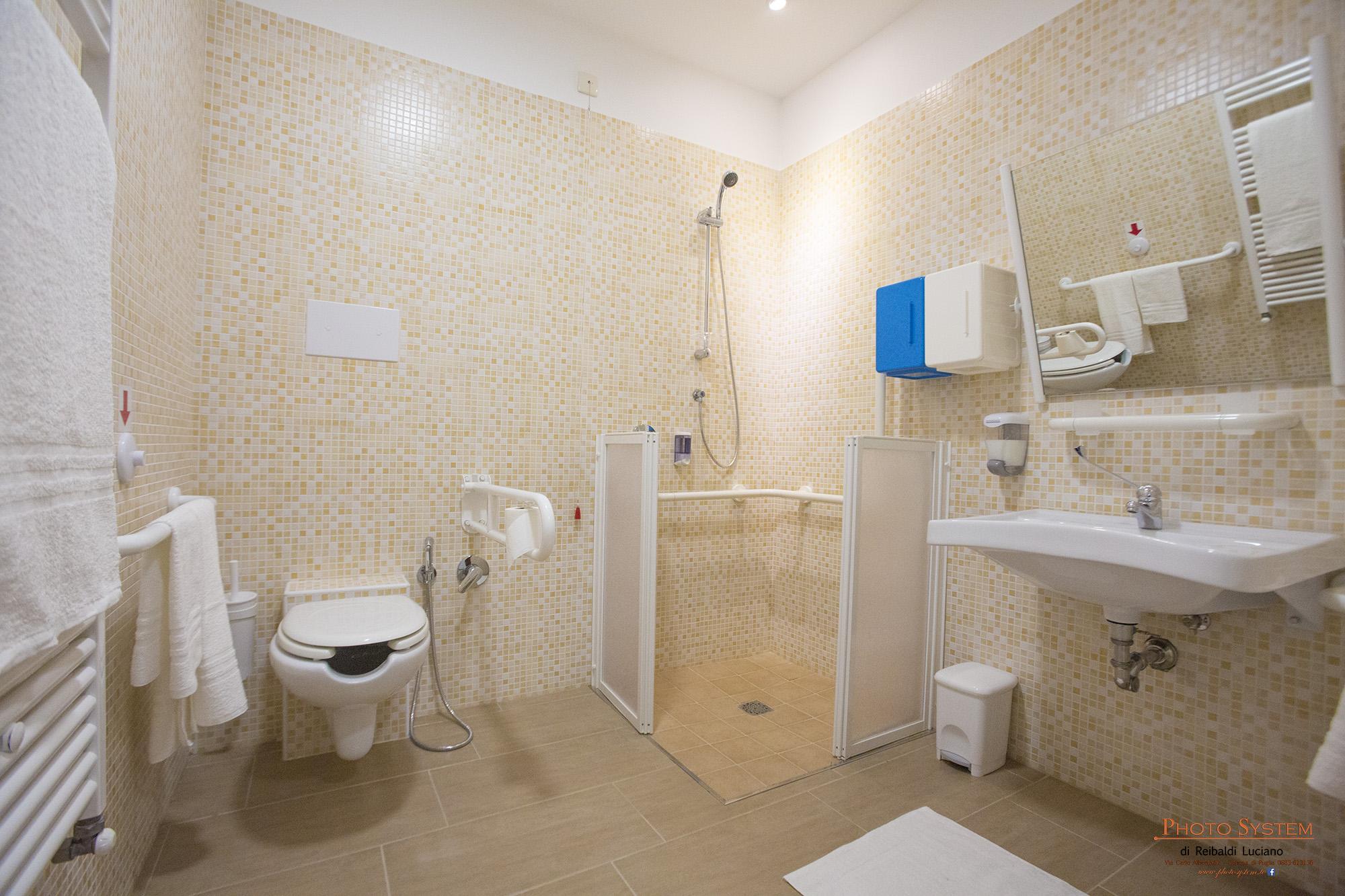 Costo vasche se invece si cercano docce un pochino pi complesse e di design i nomi sono noti - Vasca da bagno costo ...